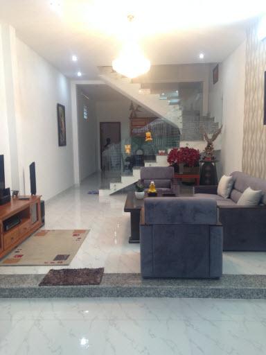 Bán nhà hxh 5m đường Chu Văn An, P12, Bình Thạnh, Dt 4.2x29 đúc 1 trệt, 1 lầu.