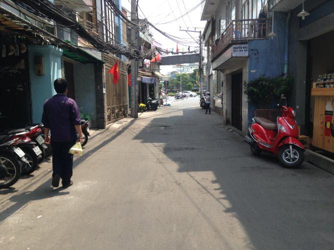Bán nhà hẻm chính xe tải đường Điện Biên Phủ, P15, Bình Thạnh Dt 4.85x18.7 nở hậu 5m đúc 1 trệt, 2 lầu