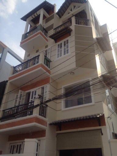 Bán Villas 3 mặt tiền hxh đng Lê Quang Định , P1 Gò vấp, Dt 6.3x13 n/h 8.2m. 1T, 1L, 2L,ST