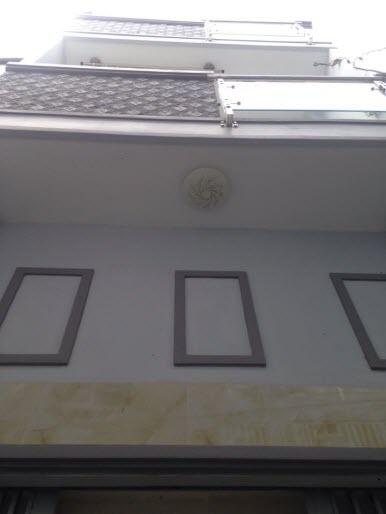 Bán nhà đẹp hẻm 2.5m Nguyễn Văn Đậu, P11, Bình Thạnh, Dt 3.2x8.5, 1T, 1L, 1L.2pn,2wc