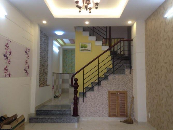 Bán nhà hxh đường Lê Quang Định, P1,Gò Vấp, dt 3.9x12, 1 trệt, 2 lầu, Sthng, 4pn,3wc
