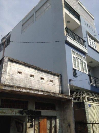 Bán nhà nát hẻm 4m cách đường Trương Đăng Quế 10m , P1, Gò Vấp, Dt 6,37x16,3