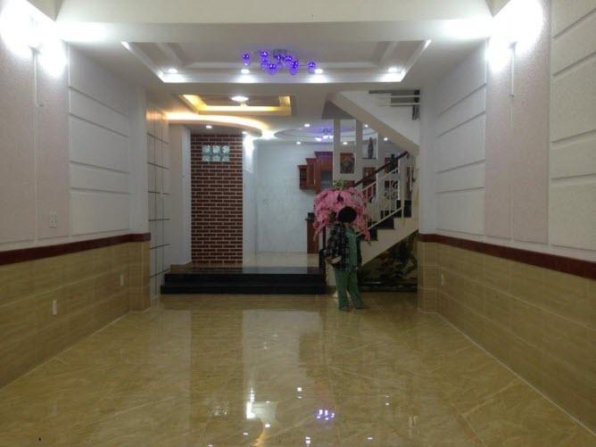 Bán nhà mặt tiền đường Nguyên Hồng, P11, Bình Thạnh, Dt 4.2x16.5 n/h4.5m, 1 lửng, 2 lầu, sthg