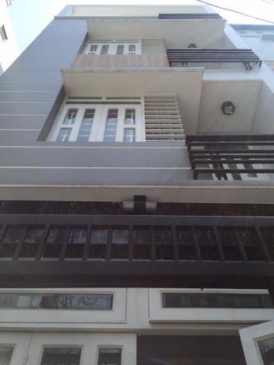 Bán nhà hẻm đường Thích Quảng Đức, P5, Phú Nhuận, Dt 4,6x12, 1 trệt, 2 lầu, St, 4pn,5wc.