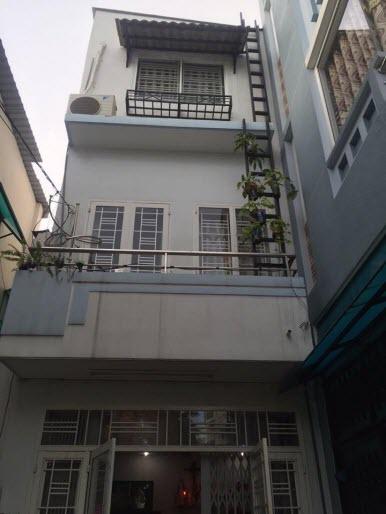 Bán nhà hẻm đường Chu Văn An, P12, Bình Thạnh, Dt 4x8,5. 1 trệt, 2 lầu, 2pn,3wc