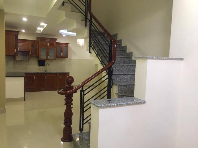 Bán nhà đường Điện Biên Phủ, P17, Bình Thạnh, Dt 3x15, n/h L 5,4m. 3,5 lầu, 5pn,6wc.