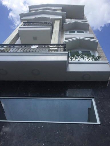 Bán biệt thự cao cấp Xô Viết Nghệ Tĩnh, P26, Bình Thạnh, Dt 6x16, 1 trệt, 1 lửng 2,5 lầu