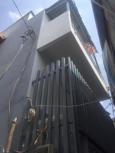 Bán nhà nhỏ xinh xinh đường Trường Sa, P17, Bình Thạnh, Dt 3,2x8, 1 trệt, 1 lửng, 1 lầu.