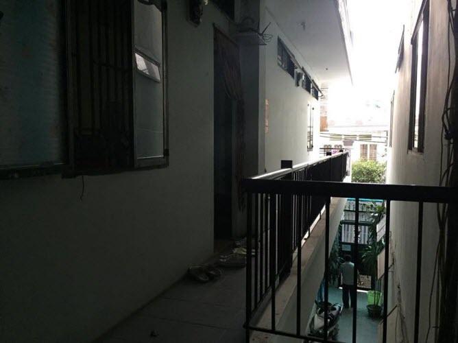 Bán nhà hẻm xe hơi đường Nơ Trang Long, P7 Bình Thạnh, Dt 5.3x18.7, 3 lầu, 10P cho thuê.