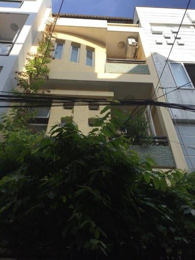 Bán nhà hẻm xe hơi đường Hoàng Hoa Thám, P5, Bình Thạnh, Dt 4x14, 1 trệt, 2,5 lầu