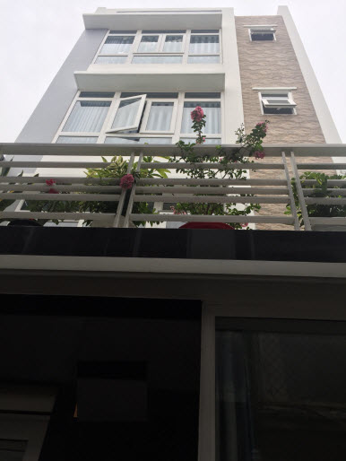 Bán nhà hẻm đường Đinh Tiên Hoàng , P3, Gò Vấp, Dt 5x6, 1 trệt, 3 lầu đúc thật, 2pn,3wc