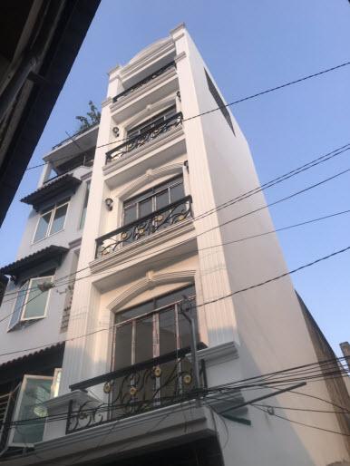 Bán nhà hẻm đường Thích Quảng Đức, P5, Phú Nhuận, Dt 3,35x6,6, 1 trệt, 3 lầu , sân thượng